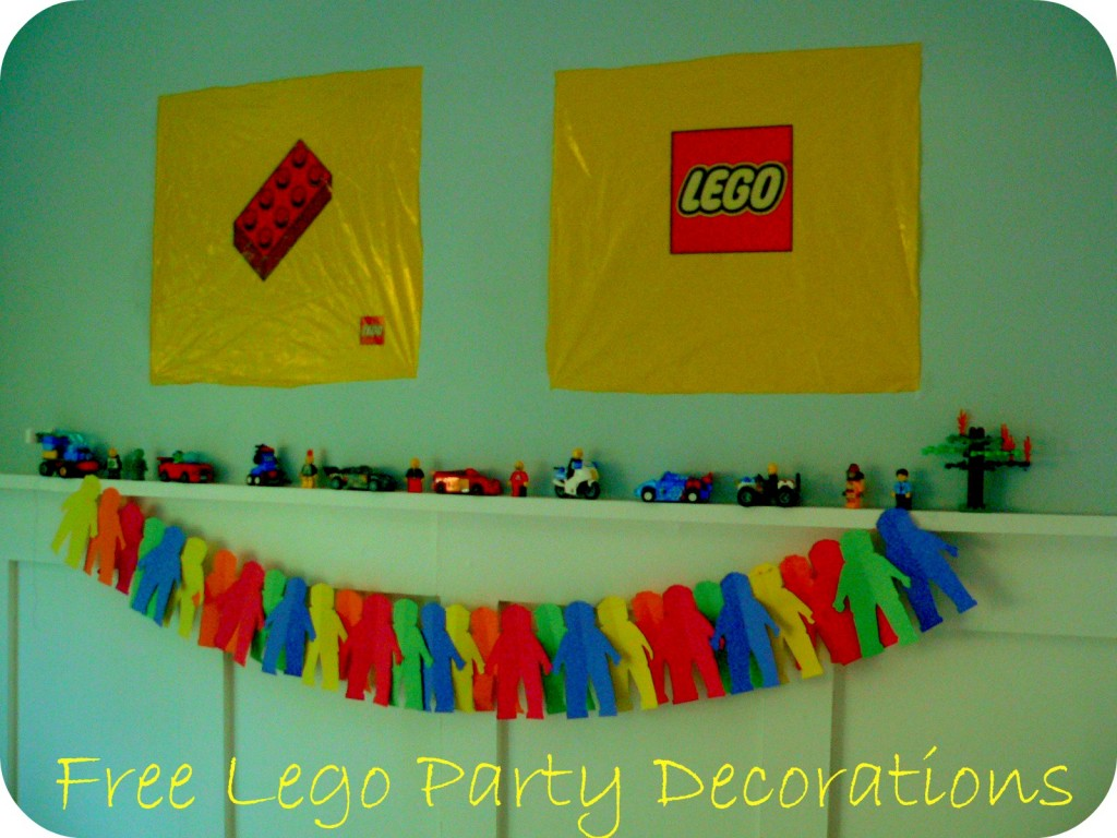 Lego superheroes birthday party2 little supeheroes for Decoration lego