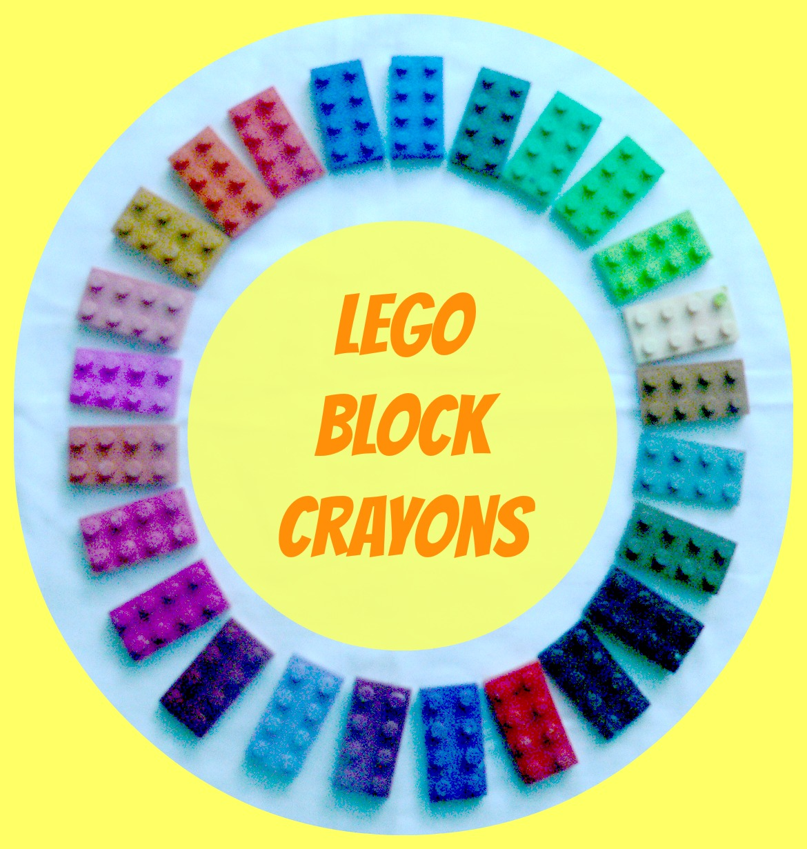 LEGO Party- LEGO Crayons2 Little Supeheroes