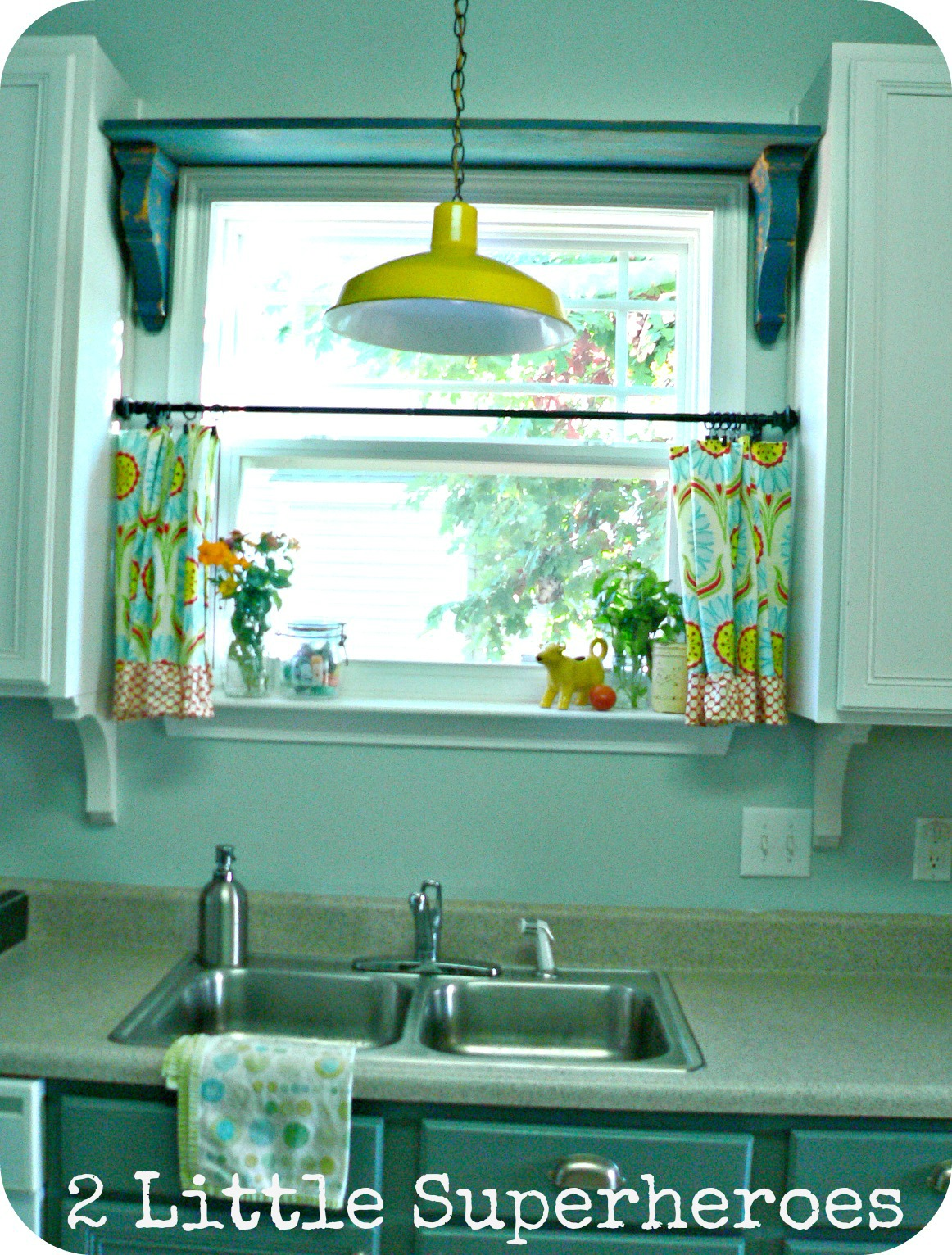 shelfabovewindow1 My Thrifty Kitchen Shelf