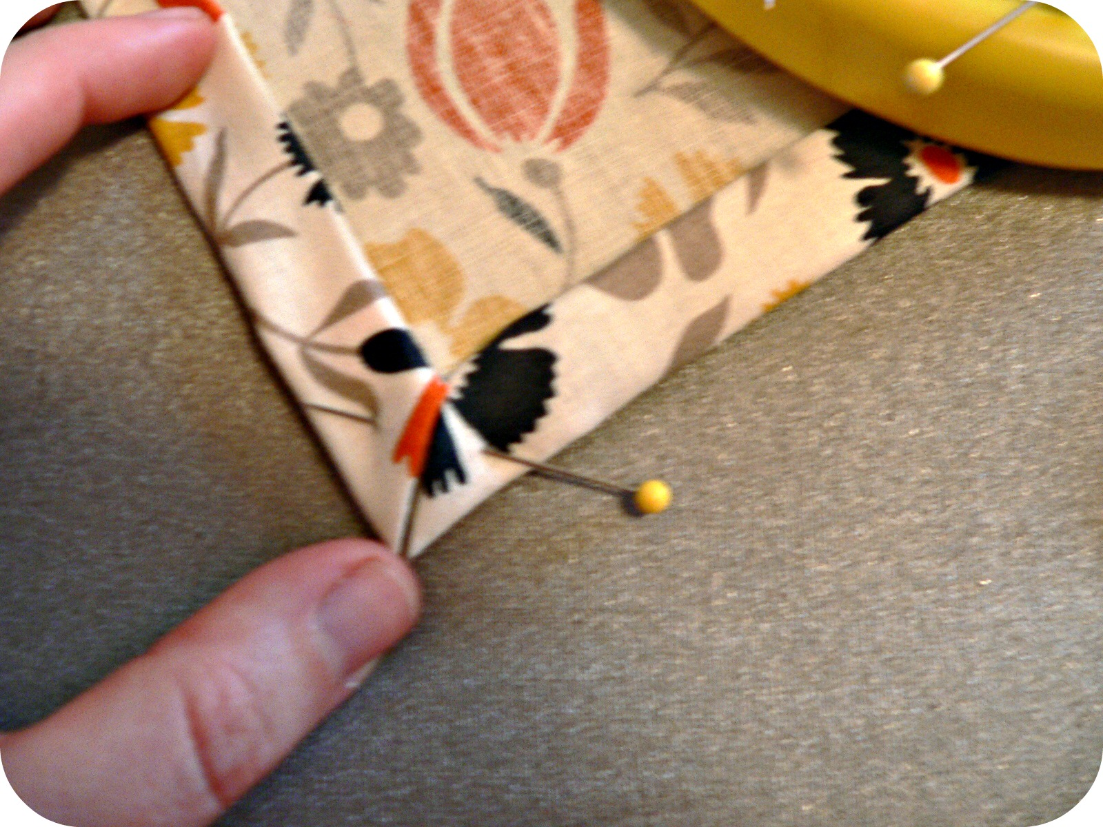 mitred corner DIY Thanksgiving Napkins