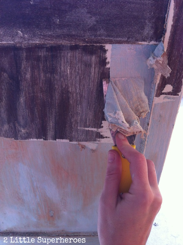 easy way to strip paint Stripping Painted Furniture: The Garbage Bag Trick