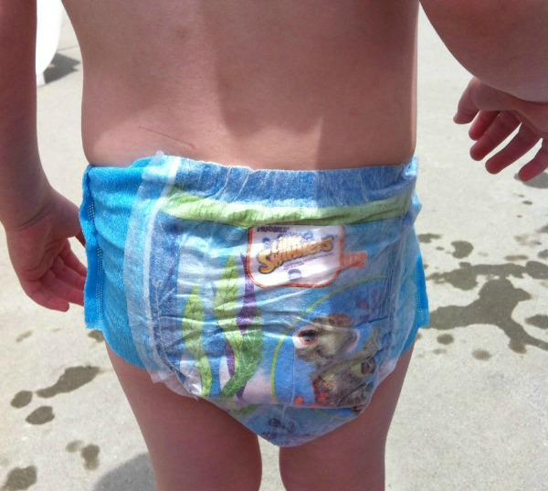 swim dieaper 2 Poolside with Huggies Little Swimmers & Smores