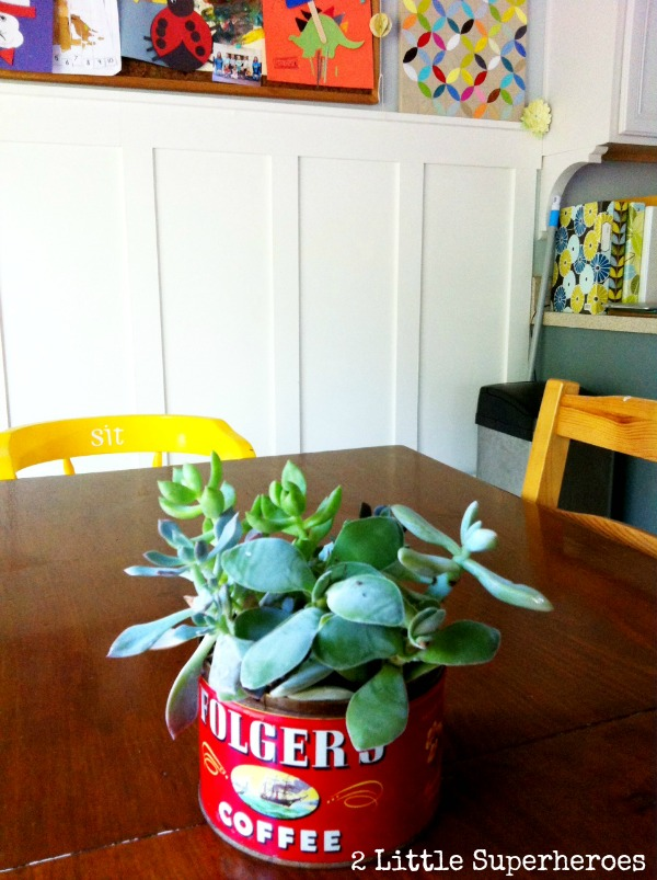 easy centerpiece This Old Rusty Tin