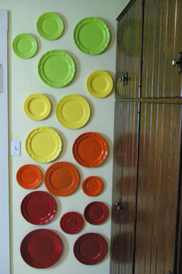 colorfull-plate-wall