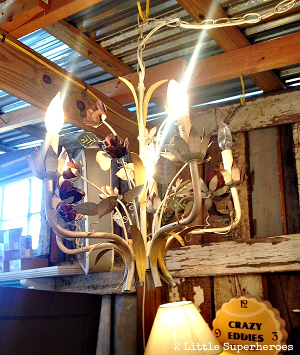 suzannas antiques lights SuzAnnas Antiques {& a $100 giveaway}