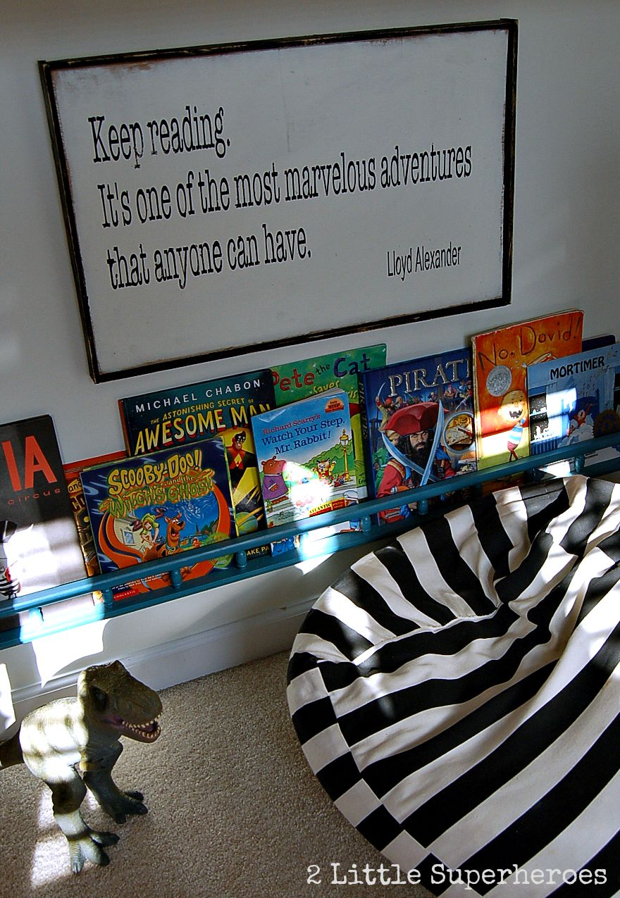 reading quote sign Closet Nook