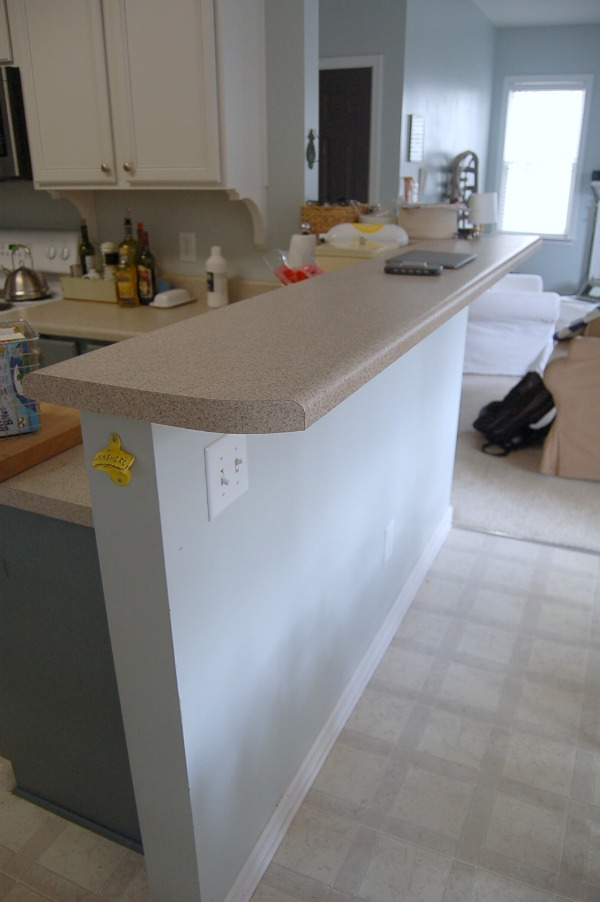 bar top counter Living with the Kitchen Peninsula